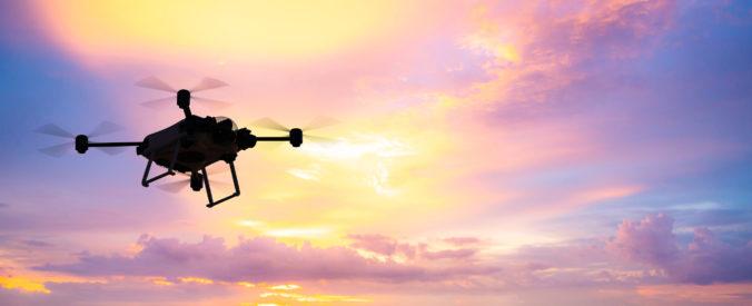 V Británií budú dezinfikovať verejné priestranstvá z dronov