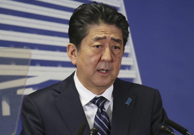 Japonsko vyhlási pre Covid-19 stav núdze. Musíme zmeniť našu aktivitu, vyhlásil Šinzó Abe