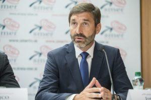Blanárovi sa nepozdáva zastavenie repatriácie Slovákov, zvolá Zahraničný výbor NR SR