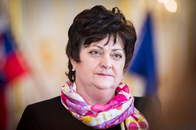 Ombudsmanka vyzvala Kolíkovú, aby začala riešiť aj témy, ktoré nesúvisia s pandémiou