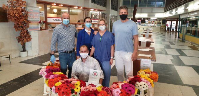 Kvety ako prejav vďaky našim zdravotníkom
