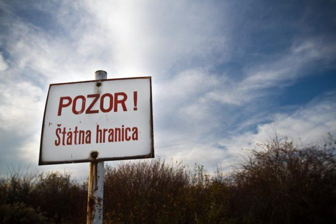 """Na vnútorných hraniciach Slovenska sa obnoví kontrola, strážená bude aj """"zelená hranica"""""""