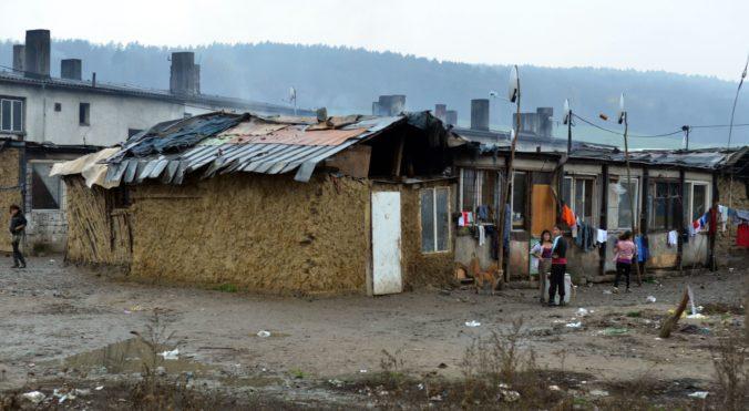 Amnesty International Slovensko vyzvala vládu, aby zastavila stigmatizáciu Rómov počas pandémie