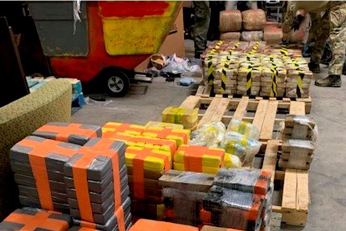 Polícia zhabala v tuneli zo San Diega do Tijuany drogy za takmer 30 miliónov dolárov