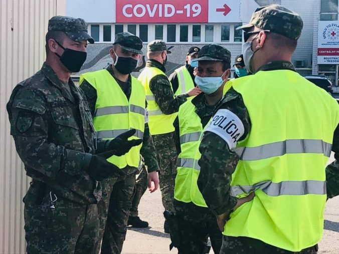 Krajiny V4 rokovali o skúsenostiach s pandémiou Covid-19, vyzdvihli najmä civilno-vojenskú spoluprácu