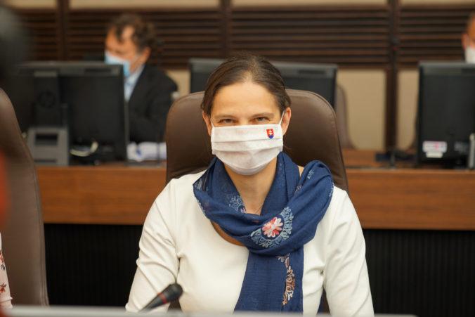 Centrum právnej pomoci začne fungovať v takmer bežnom režime, oznámila ministerka Kolíková