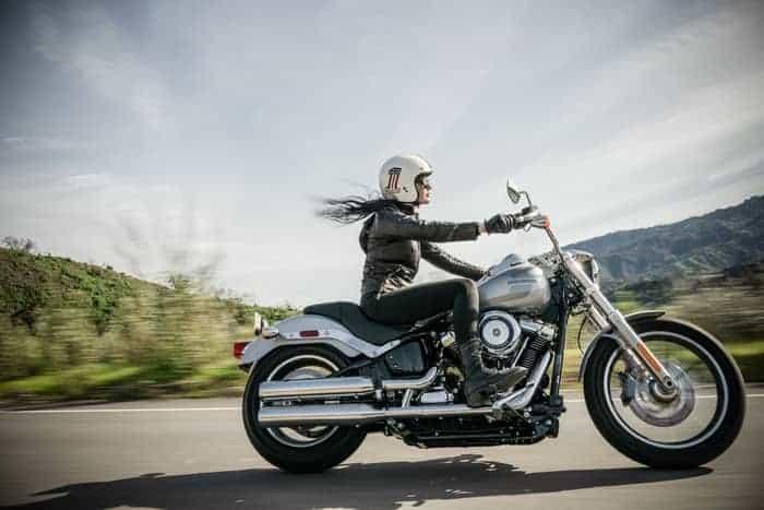 Najlepší čas na výber vhodného oblečenia na motorku