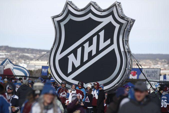 Ak chcú dohrať play-off NHL, hráči musia počítať s každodennými testami na Covid-19