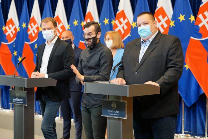 Horúca správa! Vláda nedovolí cestovať minimálne do septembra do ďalších krajín, problémom aj Česko