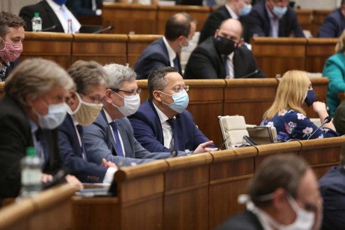 Spor o nových pravidlách voľby generálneho prokurátora pokračuje, poslanci už našli aj zhodu