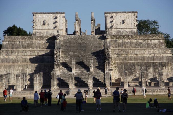 V Mexiku objavili najstaršiu a najväčšiu mayskú stavbu, ktorú domorodci využívali na masové rituály
