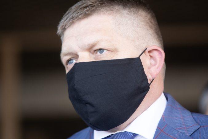 Fico vylúčil, že býva v luxusnom kaštieli na Vinosadoch. Označil to za superblbosť
