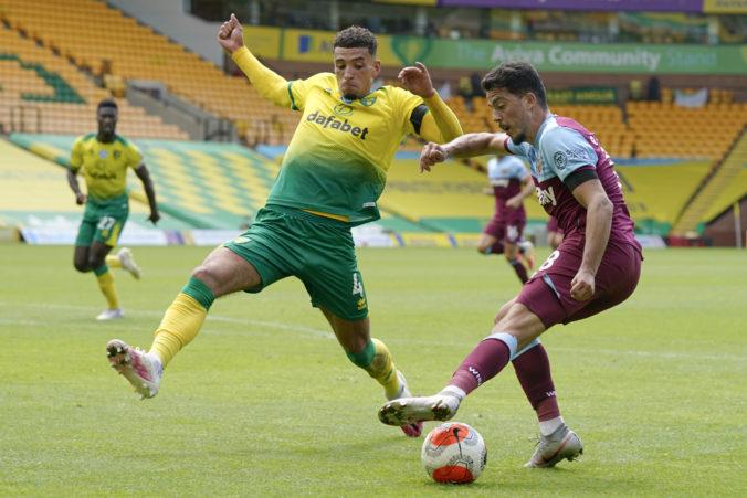 Liverpool prišiel o stopercentnú domácu úspešnosť, Dudov Norwich vypadol z Premier League