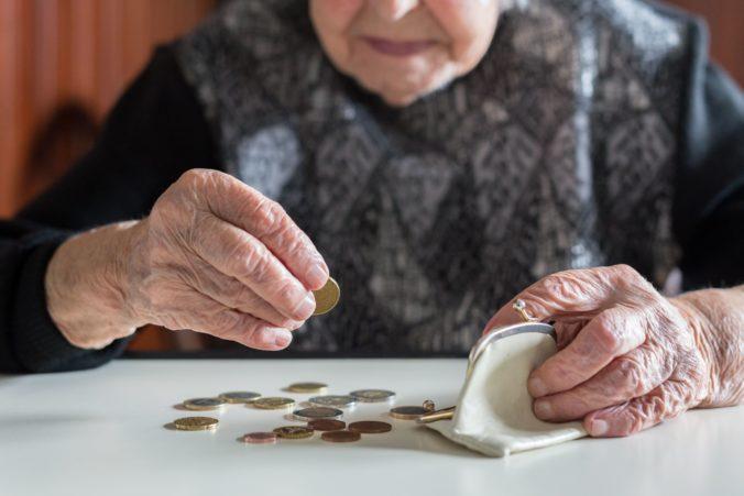 """""""Pracovník poisťovne"""" oslovil v Bratislave 81-ročnú ženu, obral ju o viac ako 51-tisíc eur"""