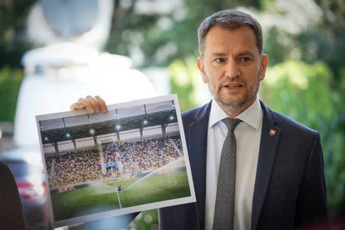 DAC Dunajská Streda reaguje na kritiku premiéra Matoviča o nedodržaní šachovnicového sedenia