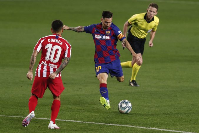 FC Barcelona sa vzďaľuje od obhajoby titulu, v šlágri La Ligy s Atléticom sa zrodila remíza (video)