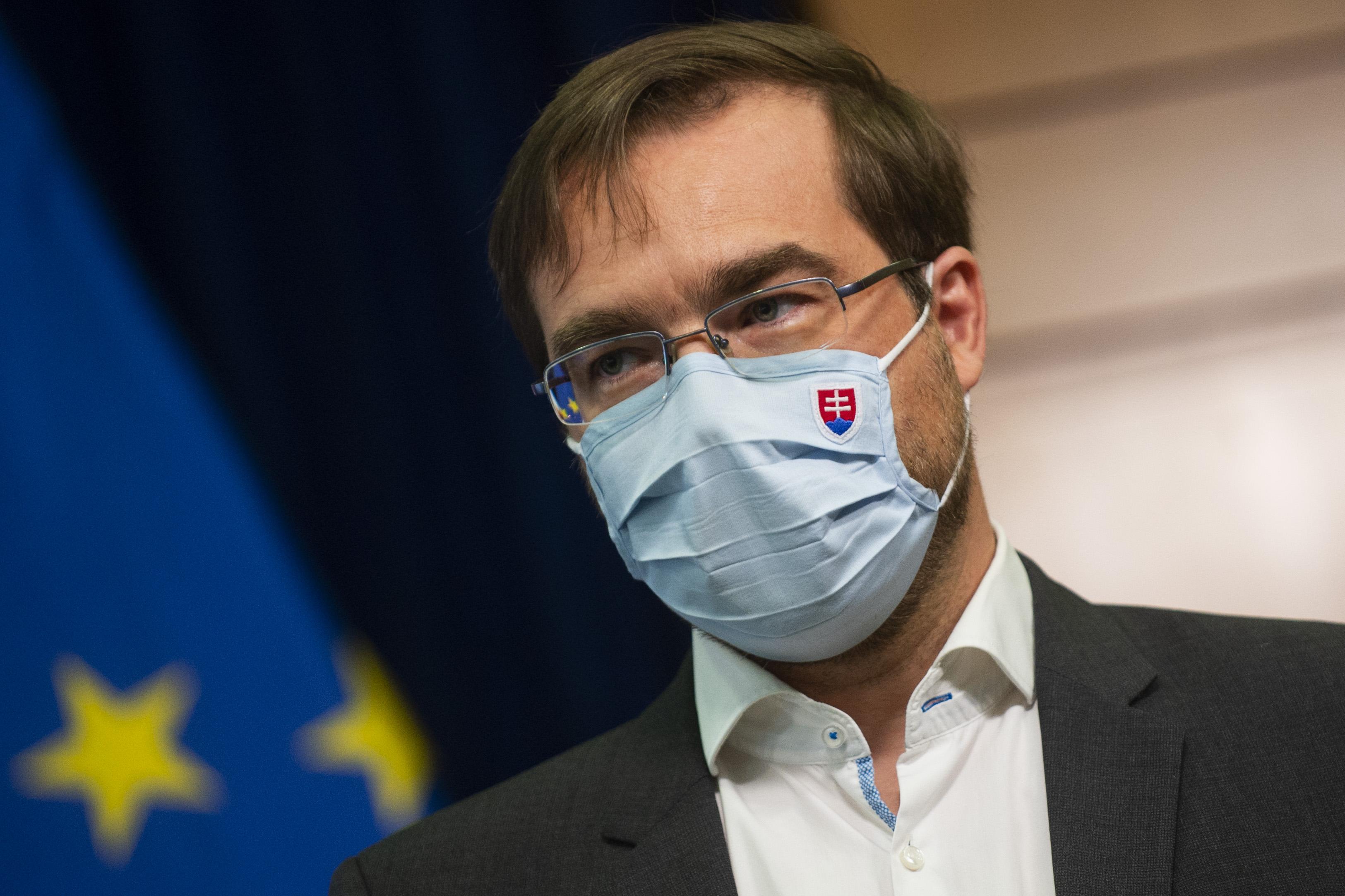 Aktuálna správa! Minister Krajči: Slovensko zasiahla druhá vlna koronavírusu