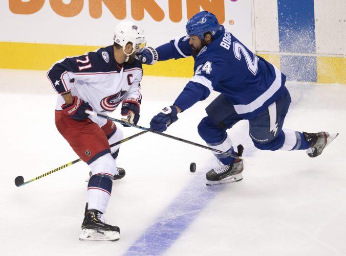Play-off NHL: Prvé kolo medzi Tampou a Columbusom bolo dramatické, rozhodlo sa až v 151. minúte (video)
