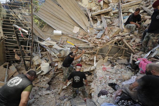 Výbuch v Bejrúte má už vyše 200 obetí, OSN varuje pred humanitárnou krízou (foto)