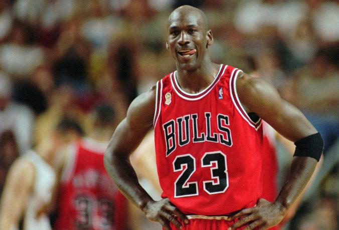 Topánky Michaela Jordana, v ktorých predviedol ničivý smeč, vydražili za rekordnú sumu