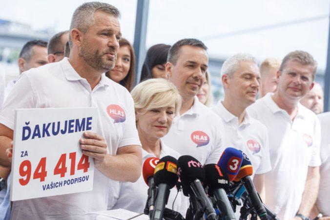 Pellegrini má podpisy na registráciu strany Hlas-SD, smerákov možno vidí aj mimo parlamentu (video)