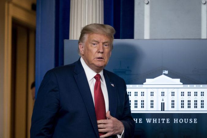Streľba neďaleko Bieleho domu vyvolala pohotovú reakciu, Trumpa ihneď ukryli