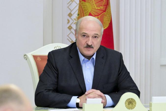 Lukašenko zložil prezidentskú prísahu, slávnostná inaugurácia prebehla v utajení