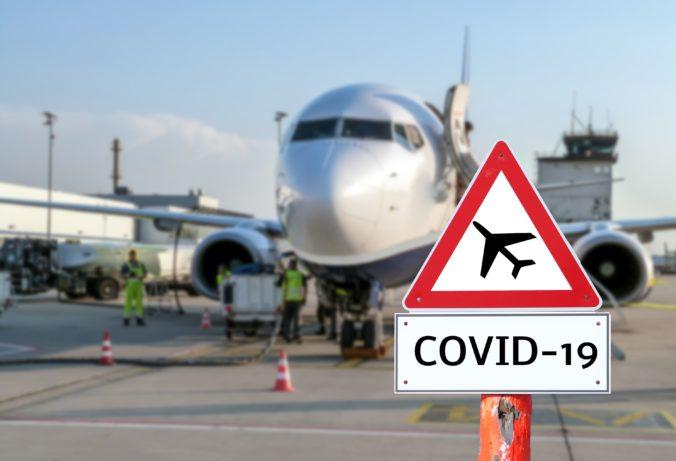 Pred vycestovaním do Spojených arabských emirátov je nevyhnutný test na COVID-19