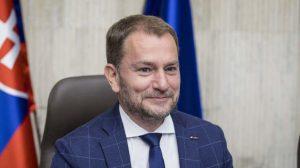 Premiér Matovič káže Slovákom, aby nosili rúška vždy dnu a už aj v exteriéri