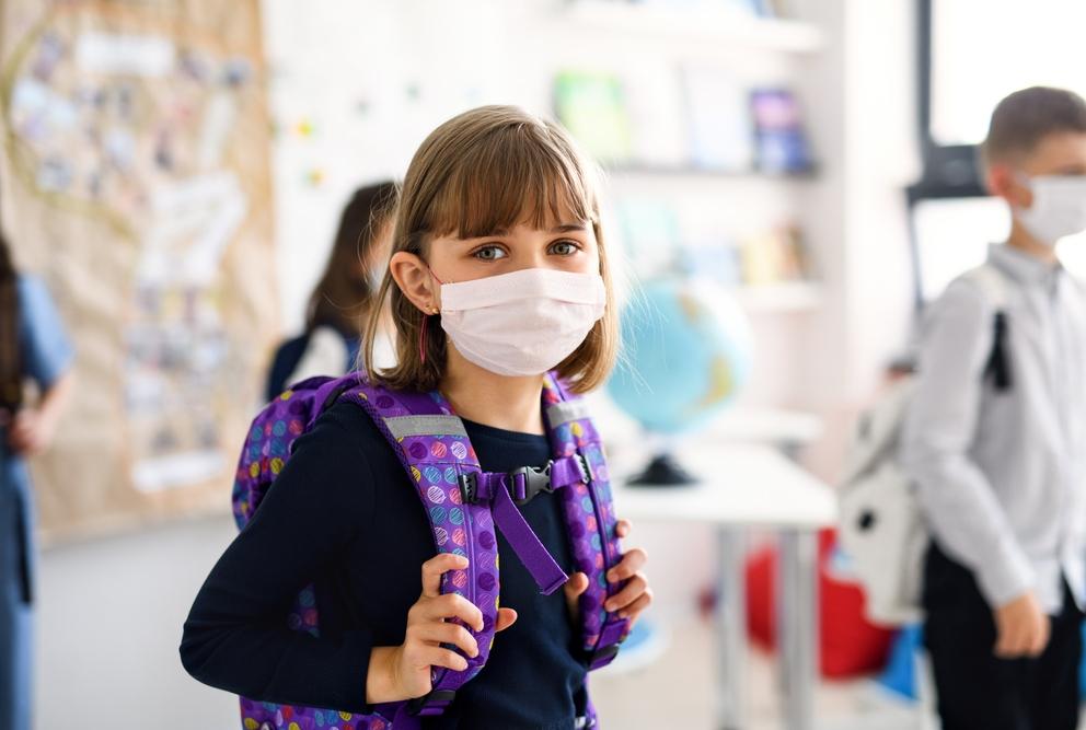Aktualizované: Množstvo škôl, škôlok či tried sa opäť zatvára, rozšíril sa v nich koronavírus