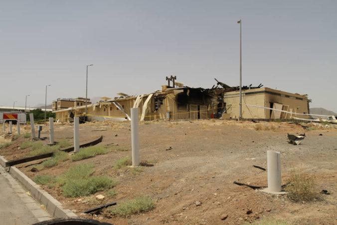 Irán začal stavať jadrové zariadenie v Natanze, ktoré v lete zachvátil požiar
