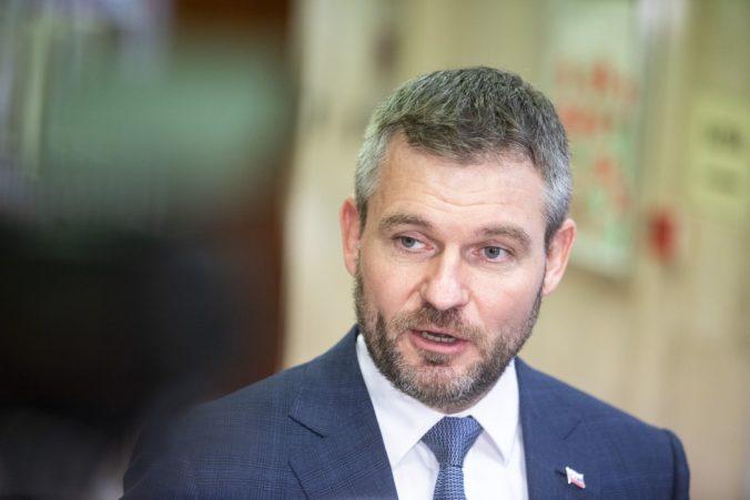 Pellegrini žiada stopnúť novelu o minimálnej mzde a 13. dôchodkoch, hrozí odvolávaním ministra Krajniaka