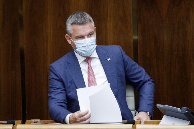 Pellegriniho poslanci sú pripravení rokovať o návrhu na odvolanie premiéra Matoviča