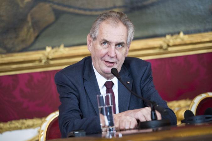 Česi majú po odvolaní Prymulu nového ministra zdravotníctva, Zeman vymenoval Blatného