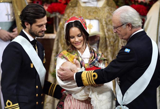 Švédsky princ Karol Filip mal spolu s manželkou pozitívne testy na koronavírus