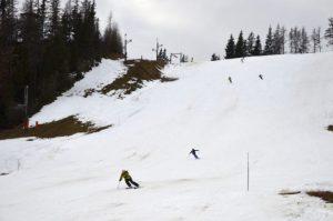 Otvorenie zimnej sezóny v lyžiarskych strediskách je stále neisté, čaká sa na vyjadrenie epidemiológov