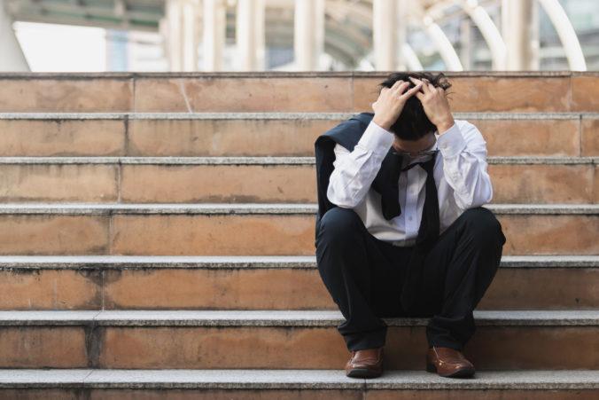 Miera nezamestnanosti na Slovensku môže v ďalších mesiacoch mierne stúpať, očakávajú analytici