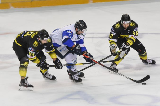 Nitra a Poprad sú bok po boku lídrami slovenskej hokejovej extraligy