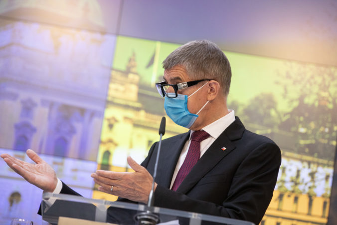 Babiš chce pred Vianocami dopriať Čechom antigénové testovanie, aby mohli uvoľniť obmedzenia