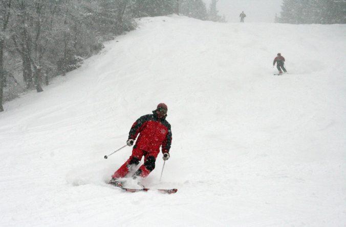 Taliansko si nemôže dovoliť ďalšiu vlnu infekcií, nevyhnutný bude celoštátny zákaz lyžovania
