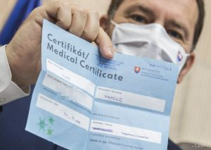Horúca správa! Oddnes sa nemusí na Slovensku preukazovať testom alebo očkovaním, pre koho to platí?