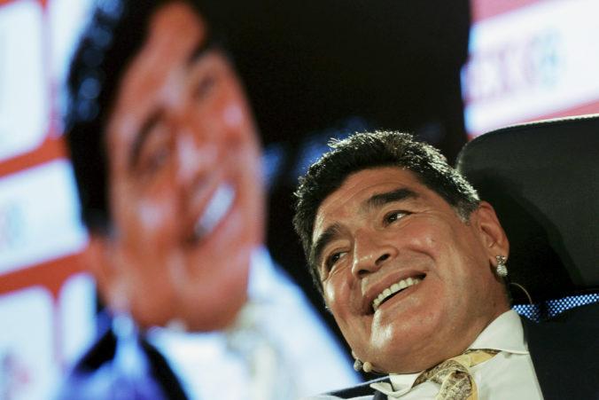 Futbalový svet prišiel o svoju legendu, zomrel argentínsky virtuóz Diego Maradona