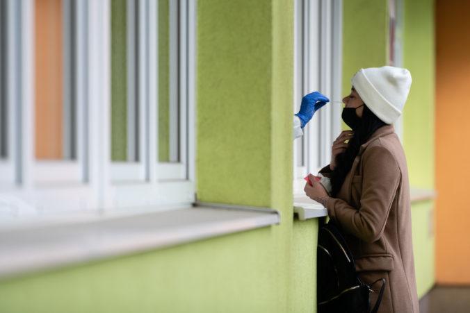 V Košiciach sa začalo druhé kolo celomestského testovania, otvorili desiatky odberových miest