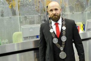 Trnavský primátor Peter Bročka zarobil za minulý rok vyše 72-tisíc eur