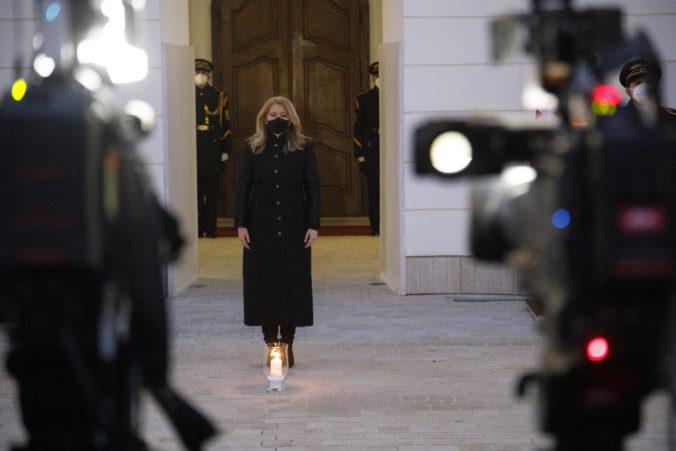 Prezidentka Čaputová si pripomenula obete koronavírusu, ľudí poprosila o zodpovednosť