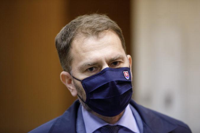 """Slová Matoviča majú ďalšiu dohru, na konzulát nasprejovali nápis """"Meníme Slovensko za Krym"""""""