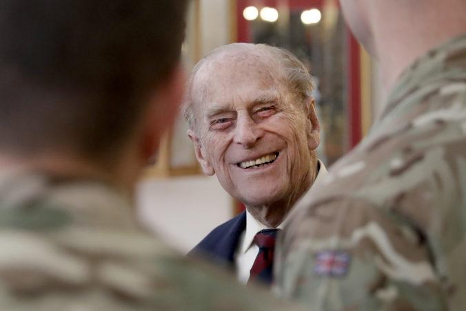 Britský princ Filip bol prevezený naspäť do pôvodnej nemocnice, zostane tam ešte niekoľko dní