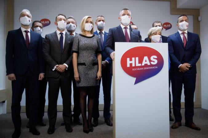 Stranu Hlas-SD zaskočil krok vlády, pri vyhostení ruských diplomatov mala postupovať koordinovane s EÚ