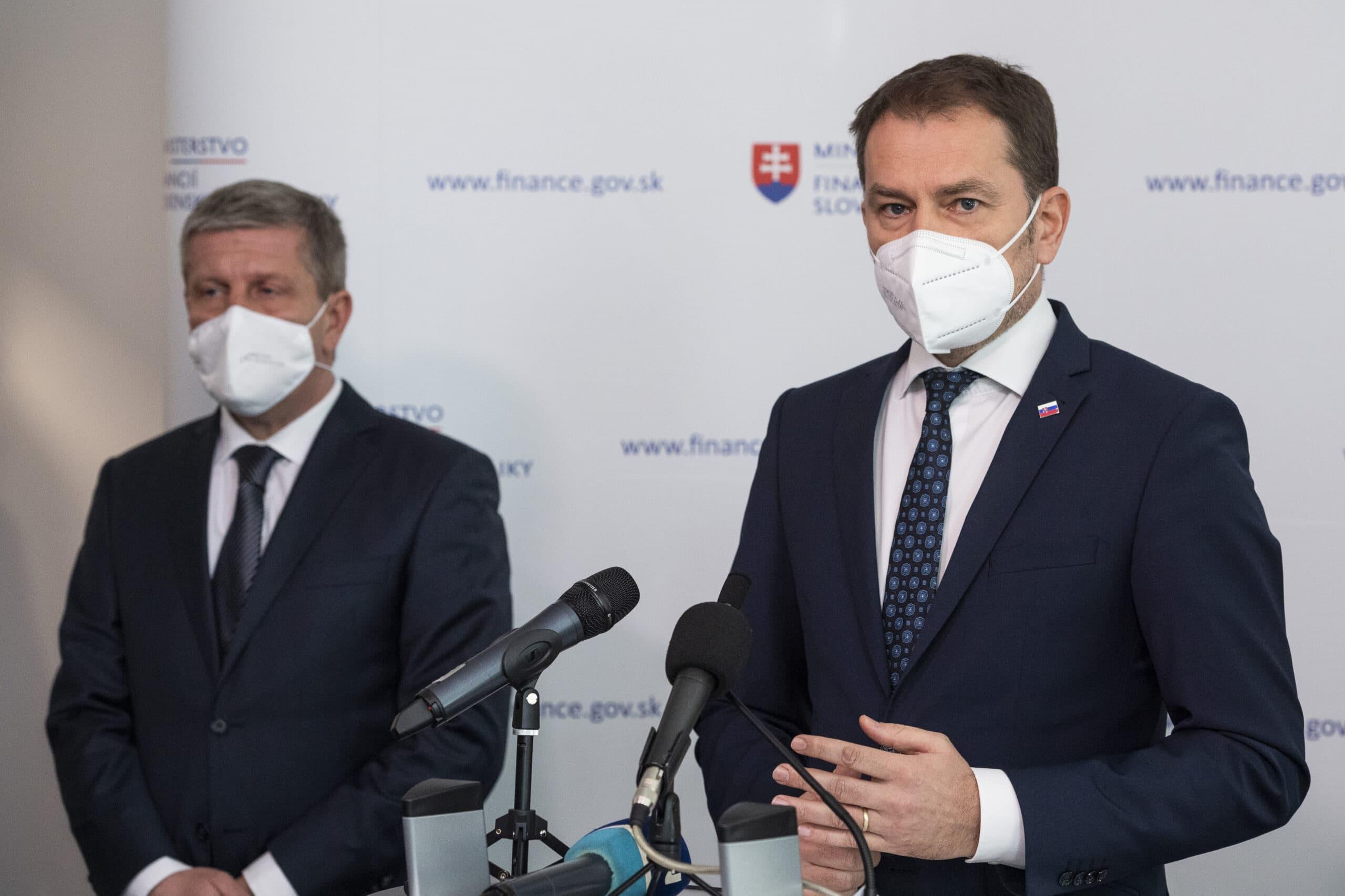 Mimoriadna správa! Minister zdravotníctva: Plošné testovania už nebudú!