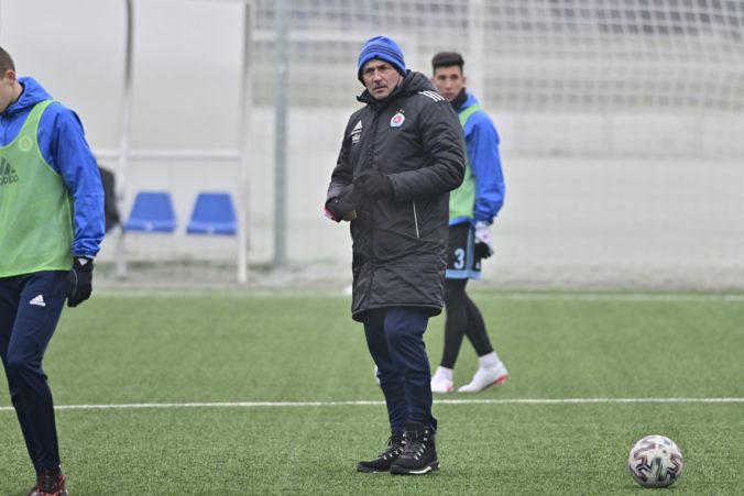 Slovan Bratislava je už bez trénera, Milaniča vedenie odvolalo po prehre s Dunajskou Stredou